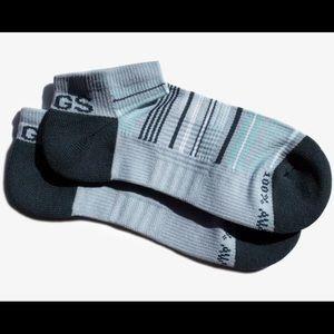 NWT - FIGS - women's Ankle Socks